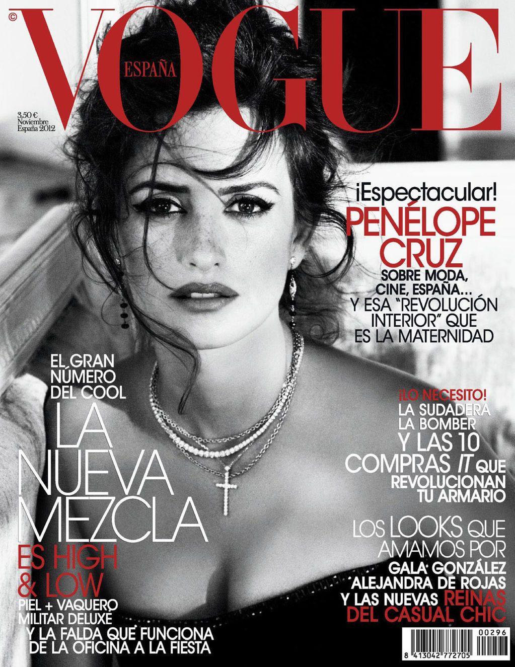 Penelope-Cruz-in-Vogue-Spain-November-2012-1