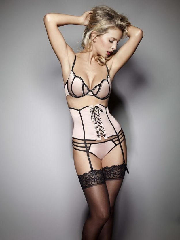 77b0b0cabe Luisana Lopilato for Ultimo s Black Label Collection FW 2012 - Fab ...