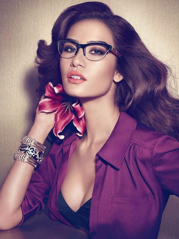 GUESS Accessories Fall/Winter 2012 campaign