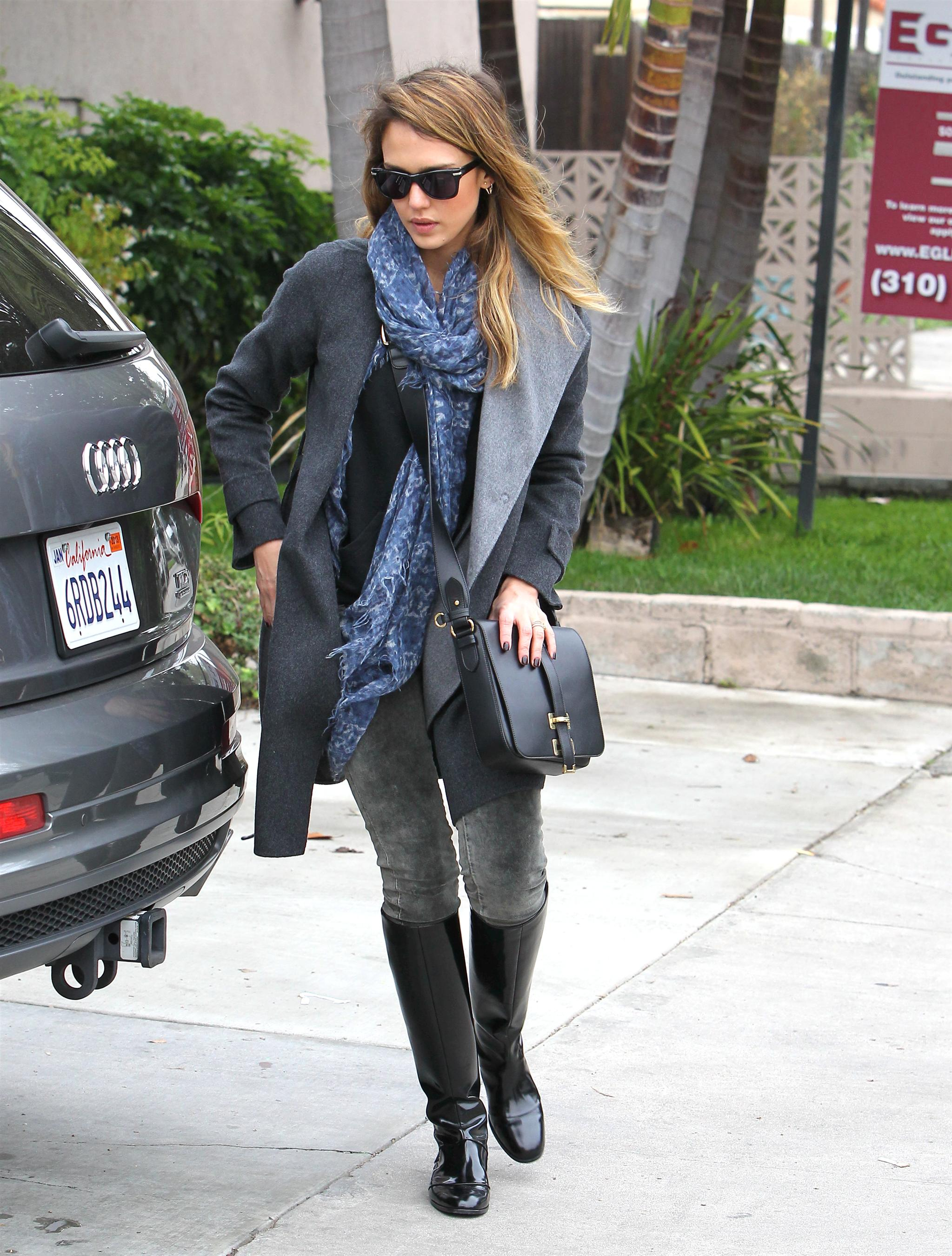2012-12-08 - at brunch in Los Angeles