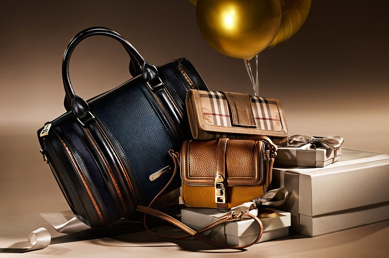 Burberry_Christmas_2012_accessories