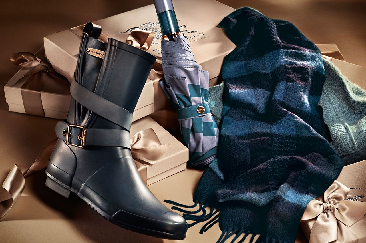 Burberry_holiday_2012_2013_accessories