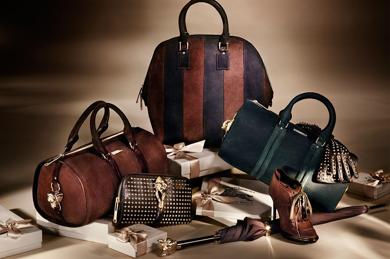 Burberry_holiday_2012_accessories