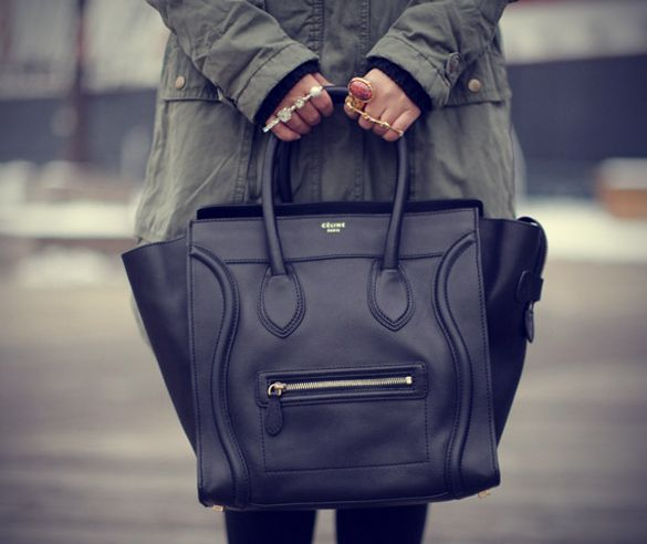 CELINE-LUGGAGE-TOTE-ITS-VERSATILE