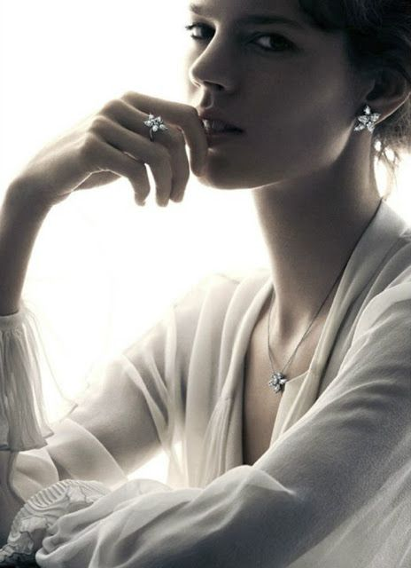 Freja Beha Erichsen for Harry Winston Holiday 2012 by Patrick Demarchelier2