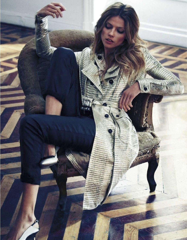 Masha-Novoselova-Xavi-Gordo-Elle-Spain-January-2013-10