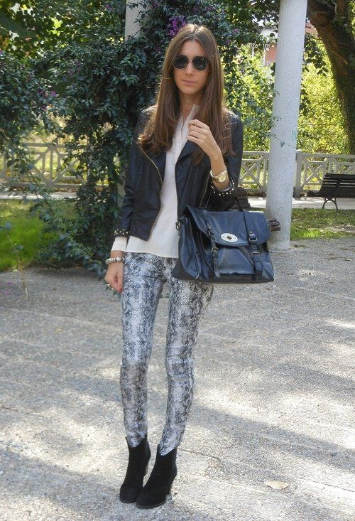 Style Guide: How to wear Leggings?