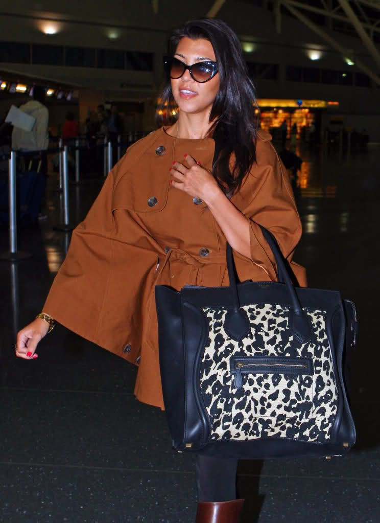 kourtney-kardashian-celine-luggage-tote-leopard