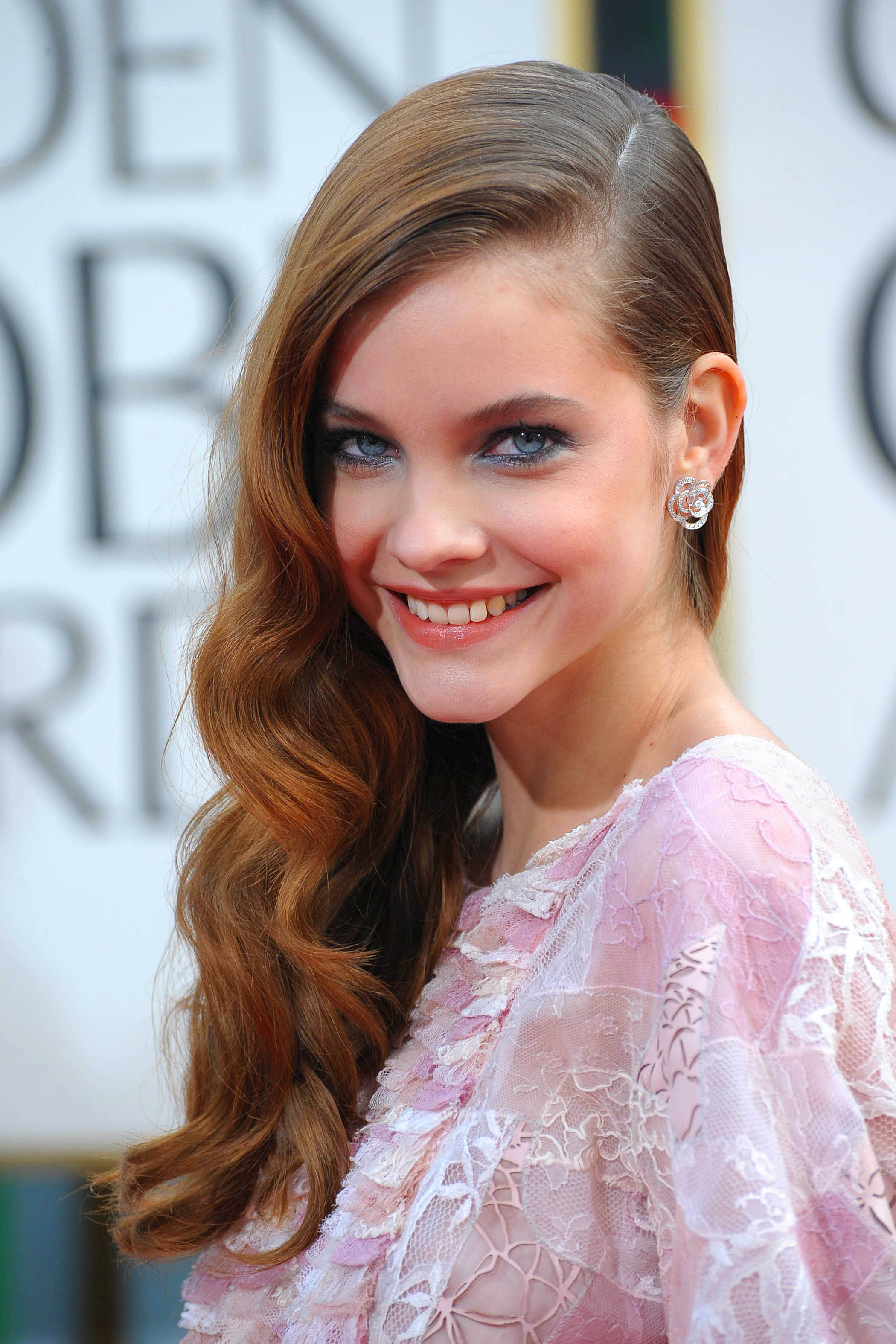 165190117_BarbaraPalvin_70thAnnualGoldenGlobeAwards1_122_900lo