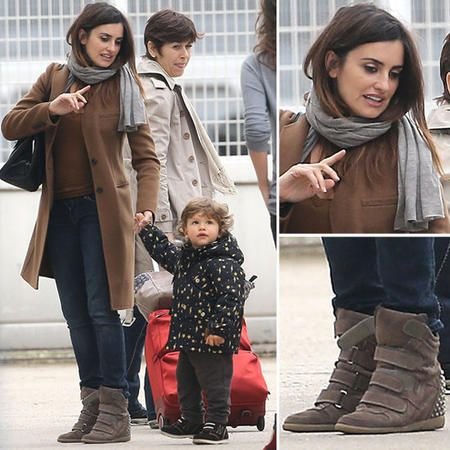 2055582-11-Penelope-Cruz-sneakers