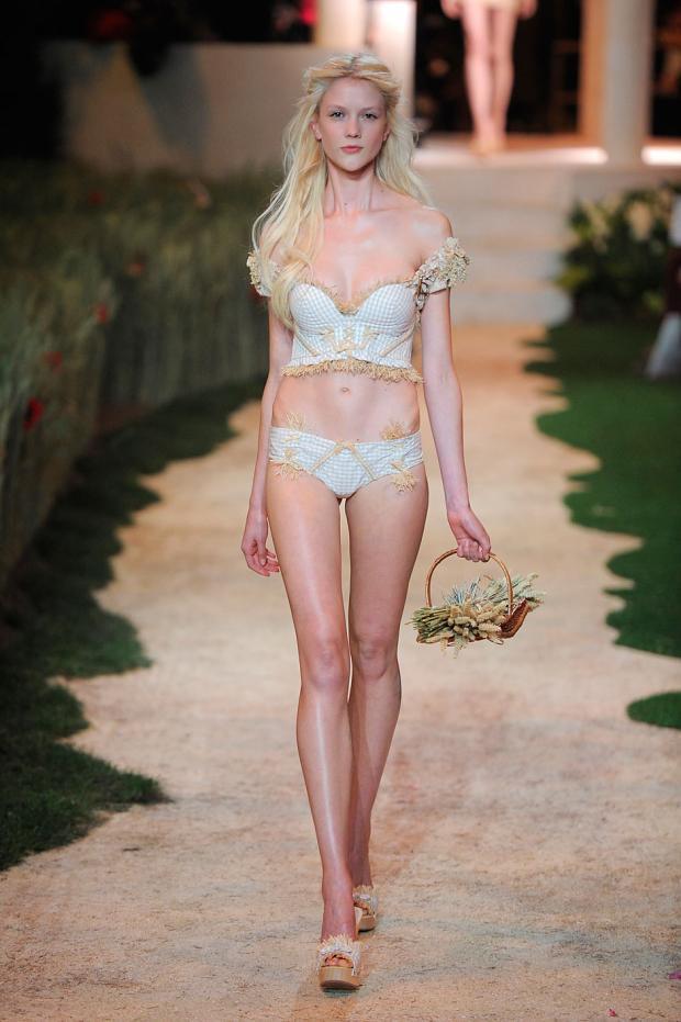 ... Dehar Haute Couture Spring/Summer 2013 collection | Fab Fashion Fix