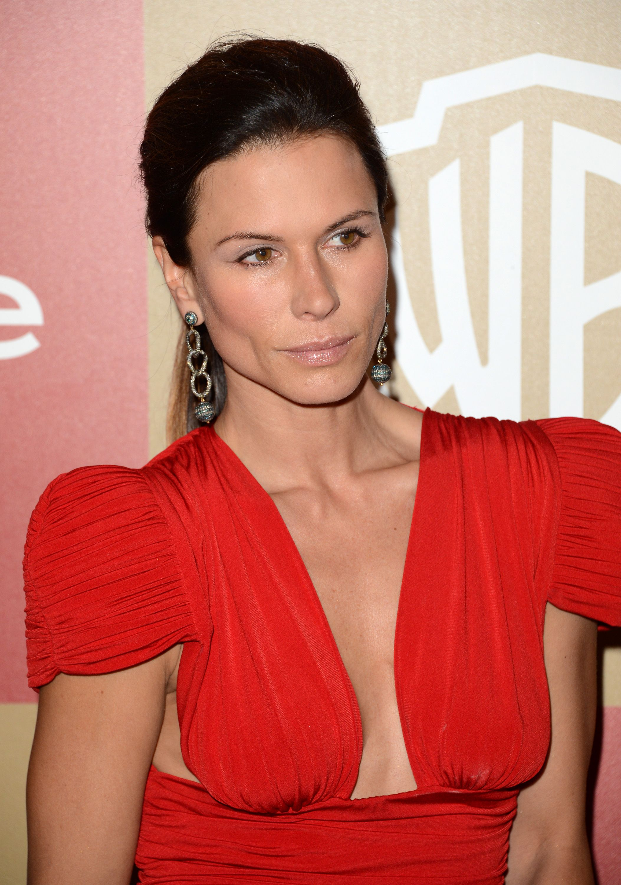 D6LXBON545_Rhona_Mitra_-_14th_Annual_Warner_Bros.__InStyle_Golden_Globe_Awards_After_Party_at_the_Oasis_Courtyard_2C_Beverly_Hills_13.01.13_02