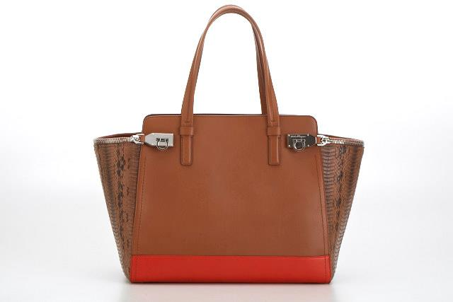 Gancio Zip in chestnut leather and python