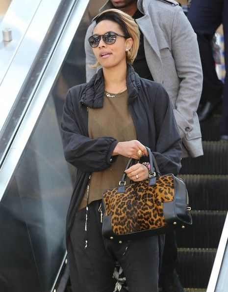 Keri_Hilson_Arriving_Flight_LAX_d_EHNEuw_IXGVl