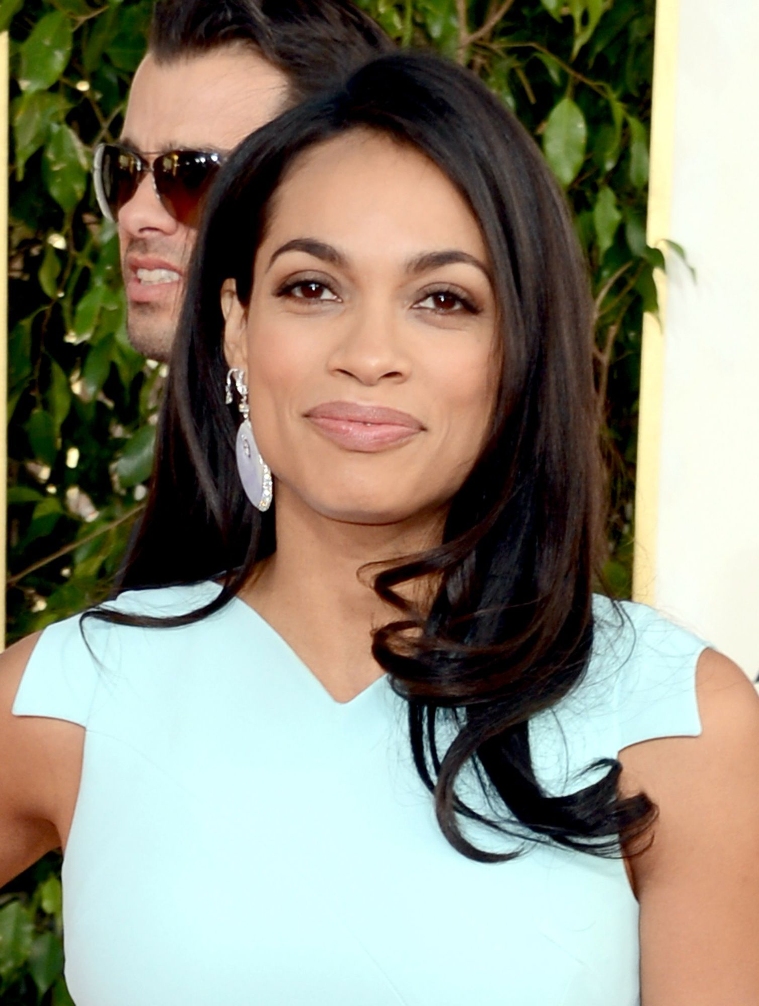 Rosario Dawson at the 70th Annual Golden Globe Awards in Beverly Hills 13.1.2013_14
