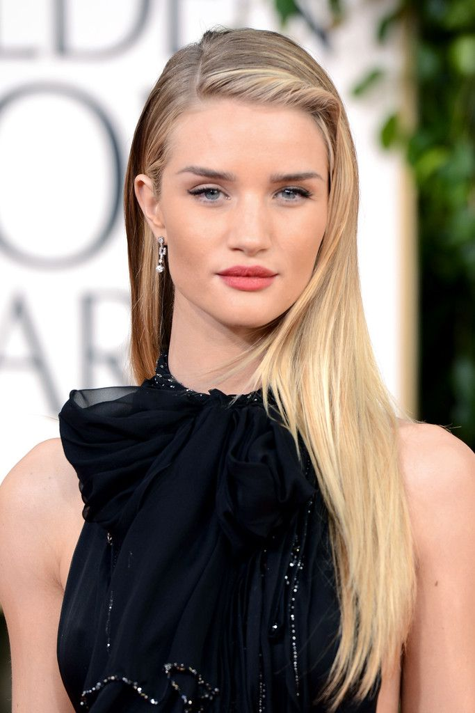 Rosie+Huntington+Whiteley+70th+Annual+Golden+ElQ6FFdRfS0x