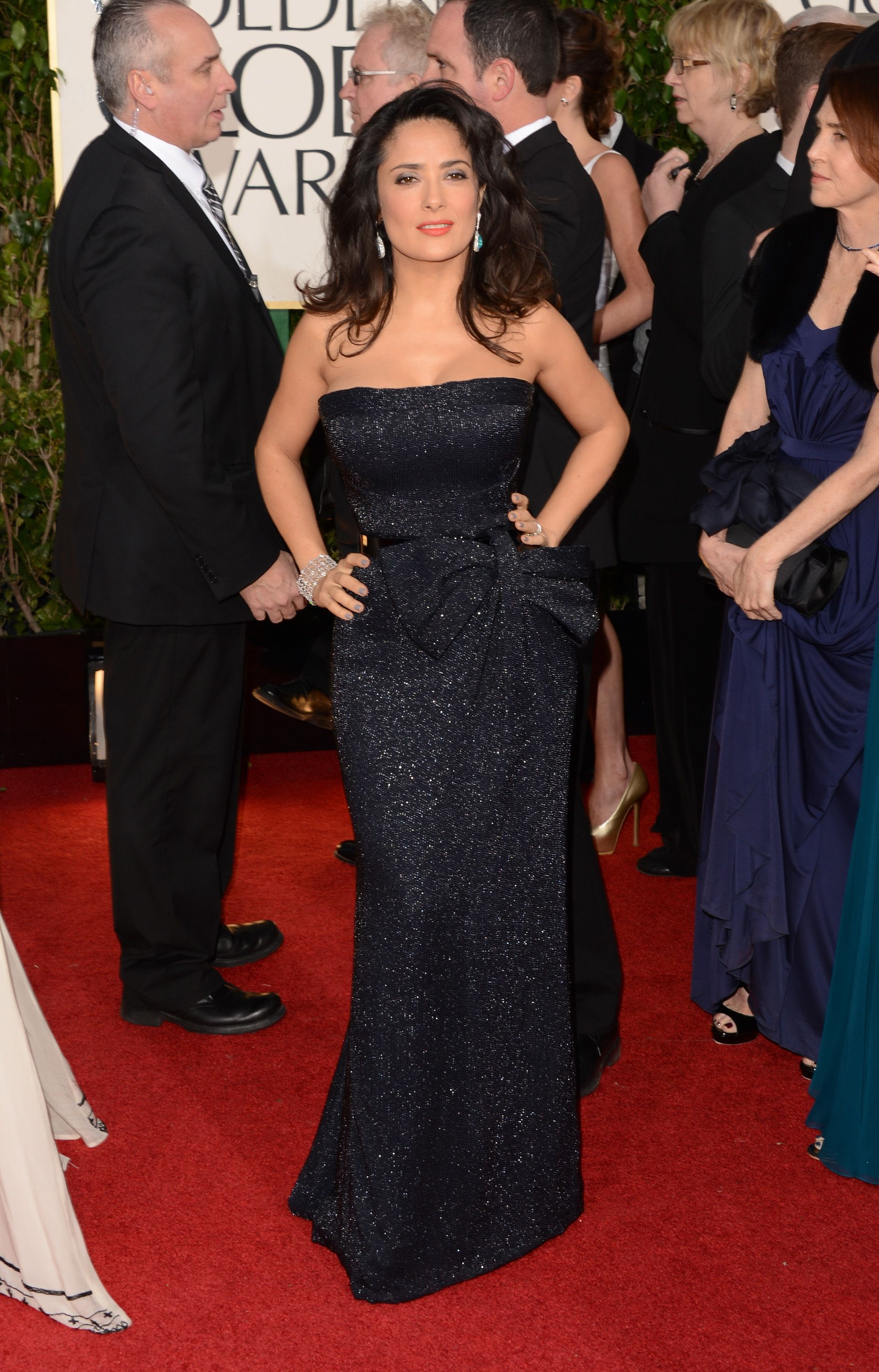Salma Hayek at the 70th Annual Golden Globe Awards in Beverly Hills 13.1.2013_03
