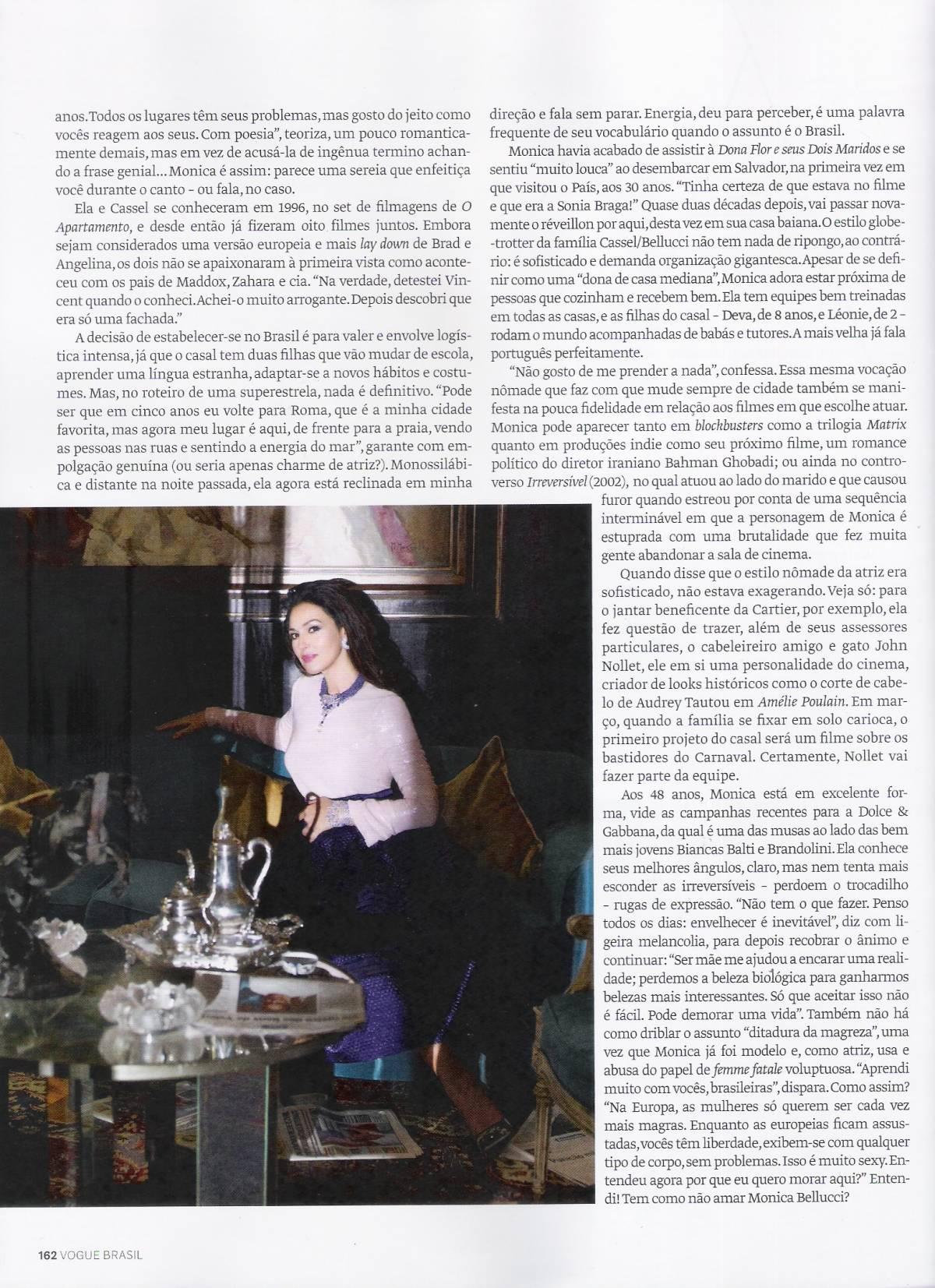 Vogue_Brasil_Janeiro2013_Monica_Bellucci_ph_JRDuran (4)