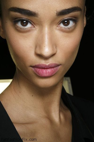 Makeup: How to shape your eyebrows tutorial   Fab Fashion Fix