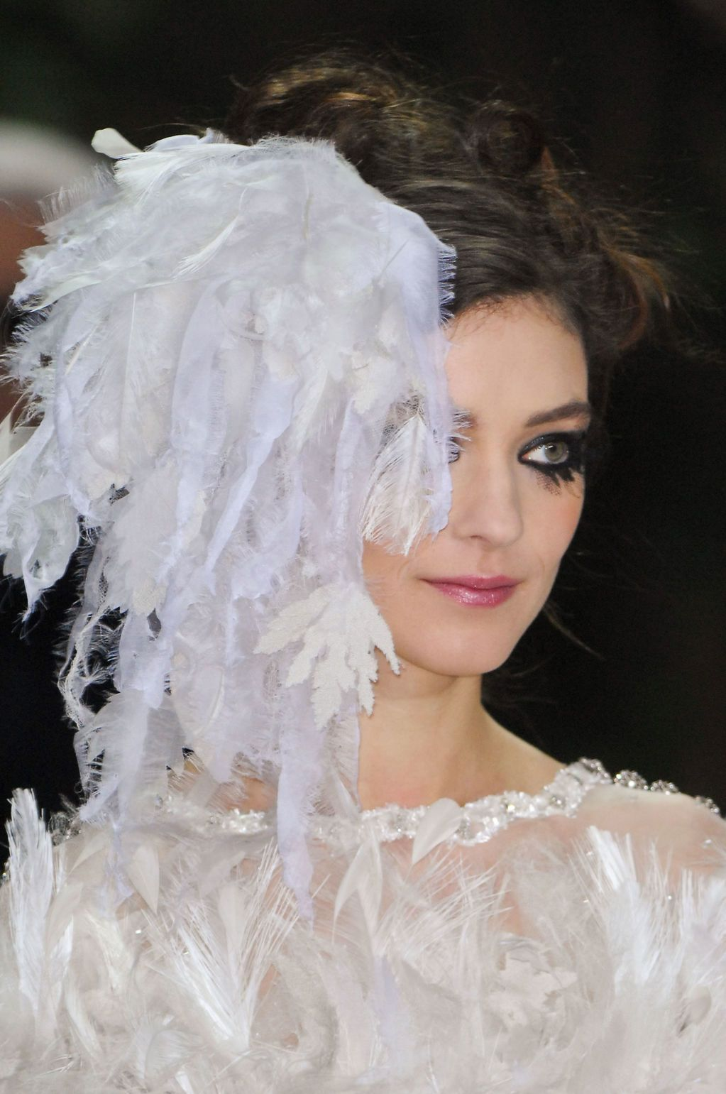 chanel_beauty_haute_couture_spring_2013_pfw35
