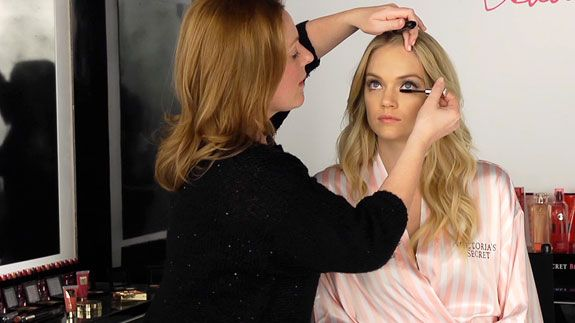022013-how-to-hollywood-glam-video-575x323
