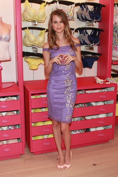 Victoria's Secret Angels Launch Fabulous Collection