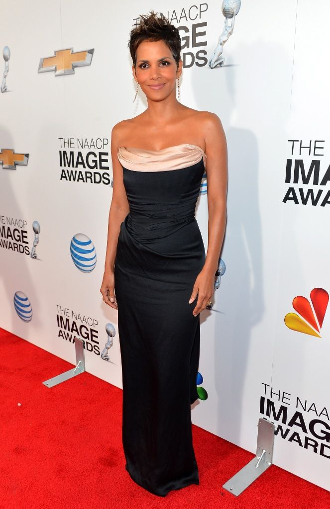 4th NAACP Image Awards at The Shrine Auditorium in Los Angeles - Febr. 1, 2013