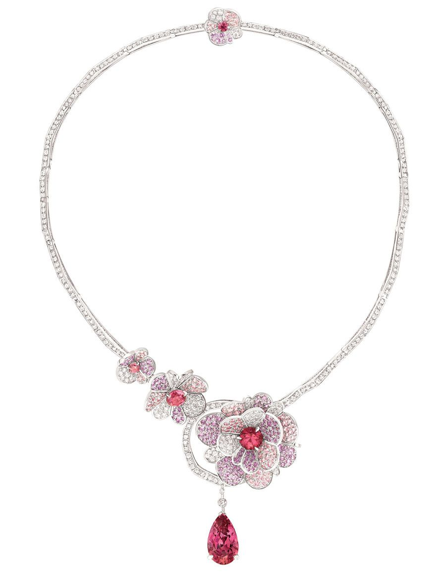 Chanel-Collier-Camelia-Origami