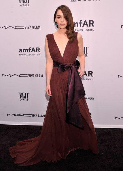 Emilia_Clarke_amf_AR_New_York_Gala_Kick_Off_tihnl
