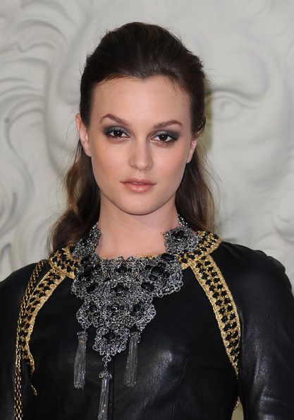 Leighton+Meester+Statement+Necklace+Silver+j42GRNV5Jo0l