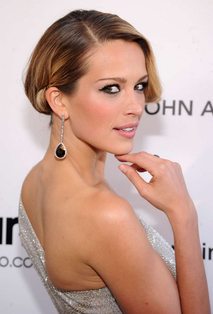 Petra Nemkova Elton John AIDS Foundation Academy Awards Party-004