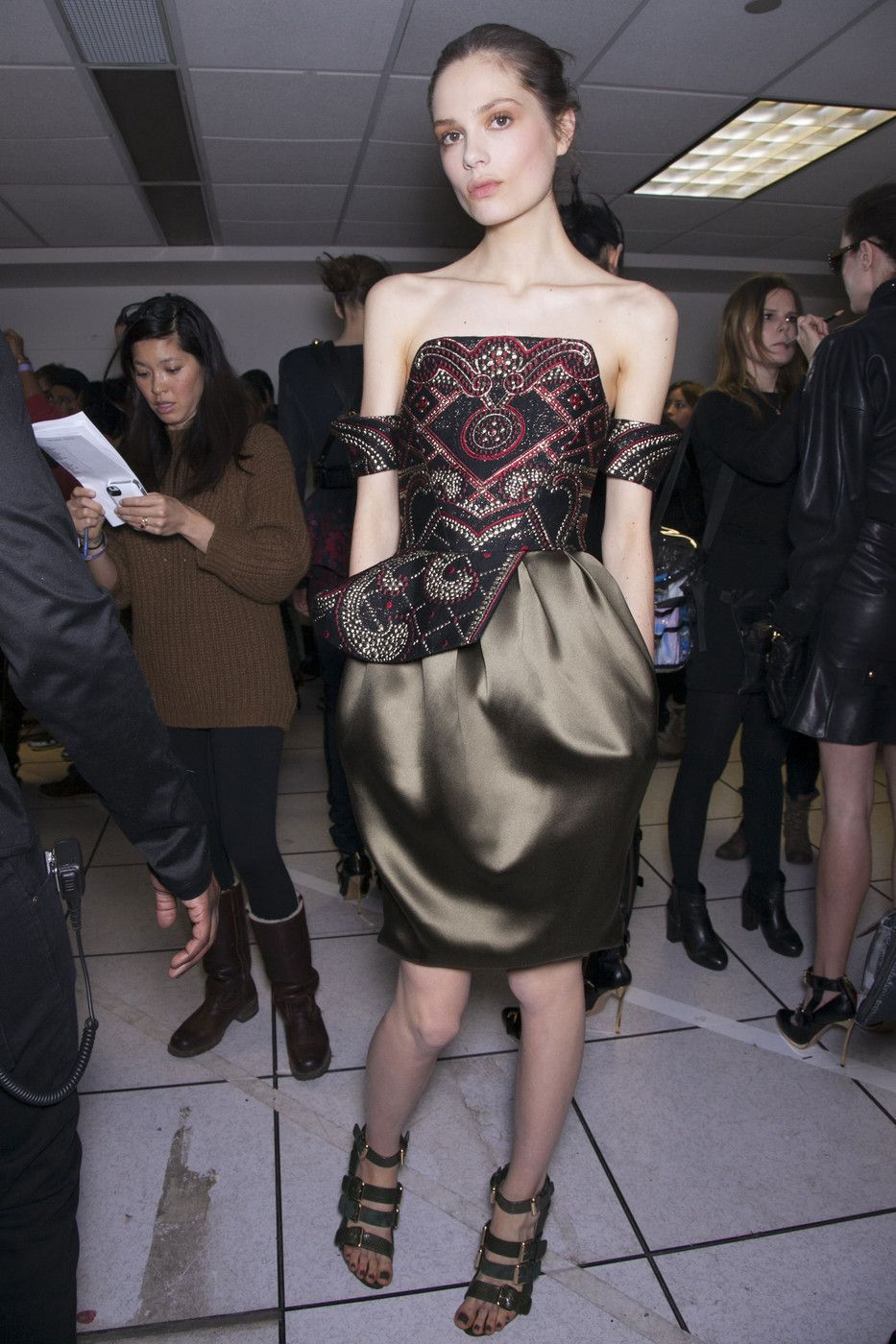 Prabal_Gurung_Fall_2013_Backstage_3t0_SJkb3tdrx