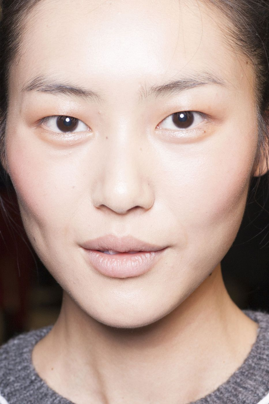 Prabal_Gurung_Fall_2013_Backstage_d7gat_Jy5zg_Jx