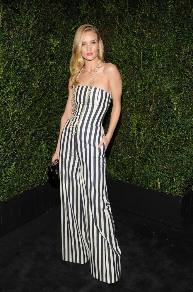 Rosie Huntington-Whiteley Chanel Pre-Oscar Dinner Party 2013-001