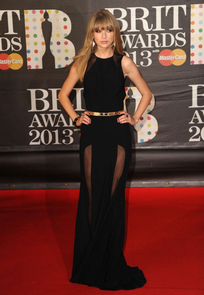 Taylor Swift Brit Awards in London 2013-002