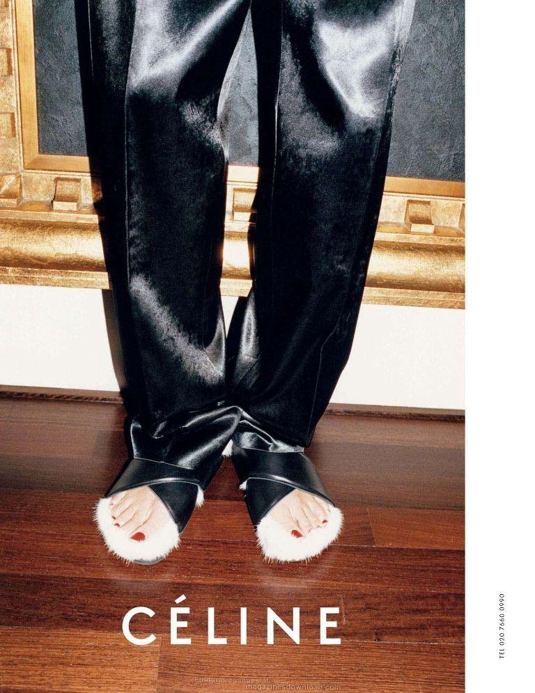 Vogue_UK_February_2013-38