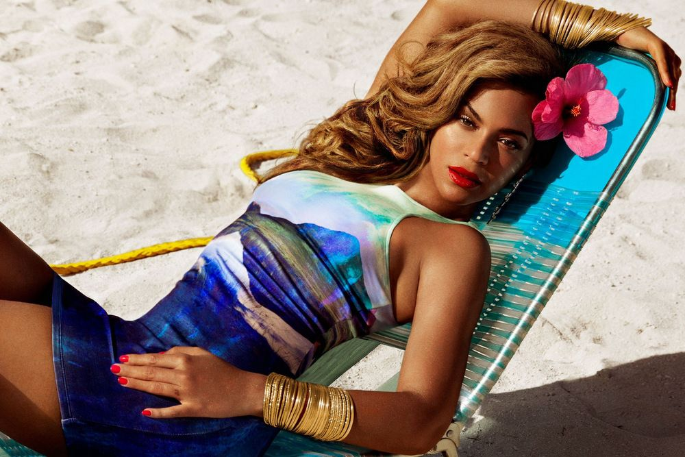 Beyonce by Inez & Vinoodh for H&M Summer 2013 Full-001