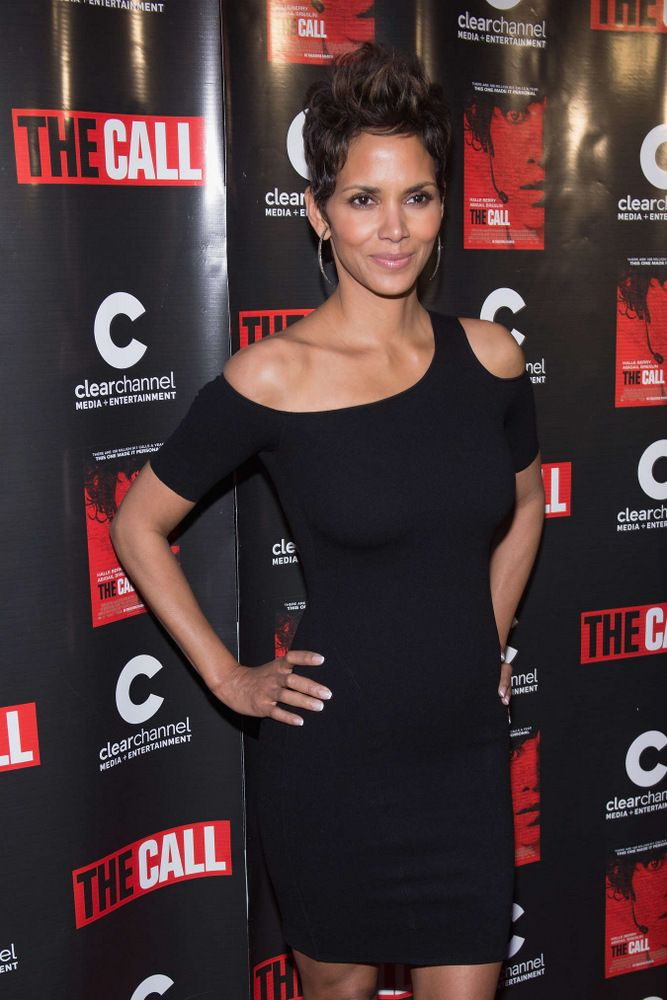 Halle Berry The Call Premiere in Chicago