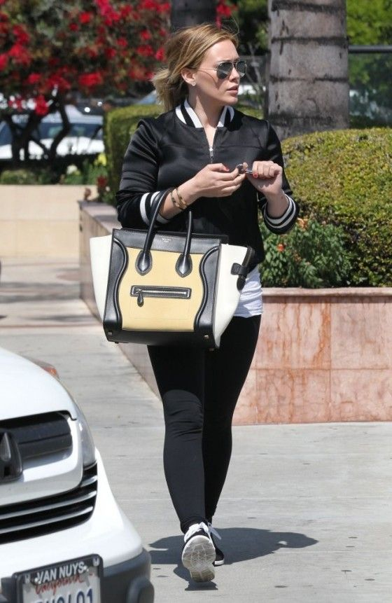 Hilary-Duff---out-and-about-in-LA--08-560x861