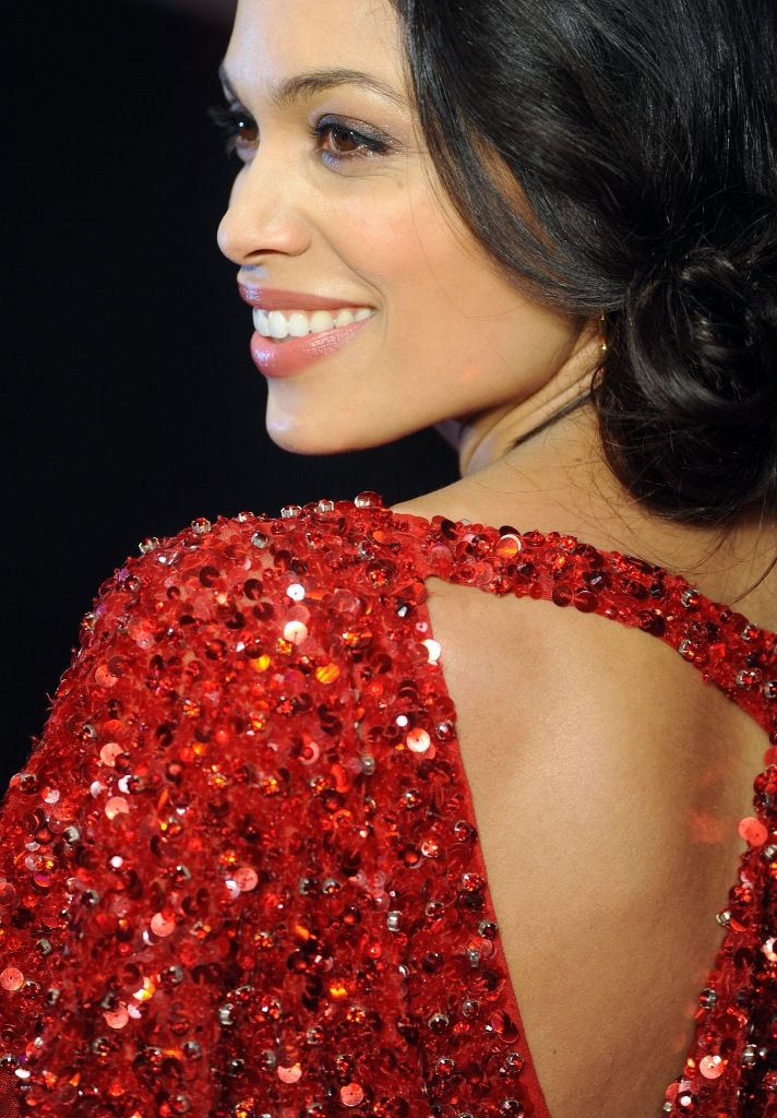Rosario_Dawson_attends_the_premiere_of_Trance_at_Odeon_West_End_in_London_19.3.2013_42
