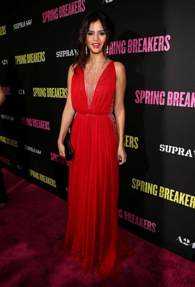 Selena Gomez Spring Breakers premiere in Los Angeles-003
