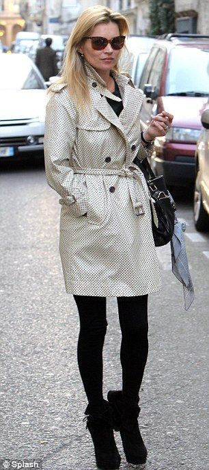 kate-moss-trench-coat