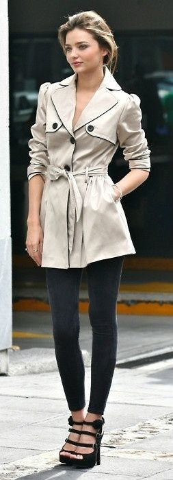 Style Watch: Celebrity trench coats - How to style trench ... Victoria Beckham Scarf