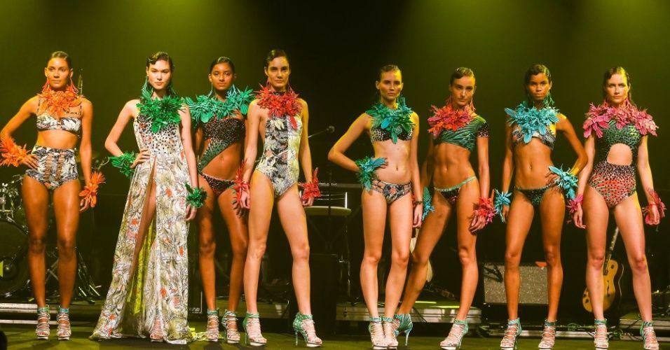 modelos-apresentam-looks-da-movimento-para-o-verao-2014-durante-o-desfile-elle-summer-preview-em-sao-paulo-09032013-1362895907336_956x500