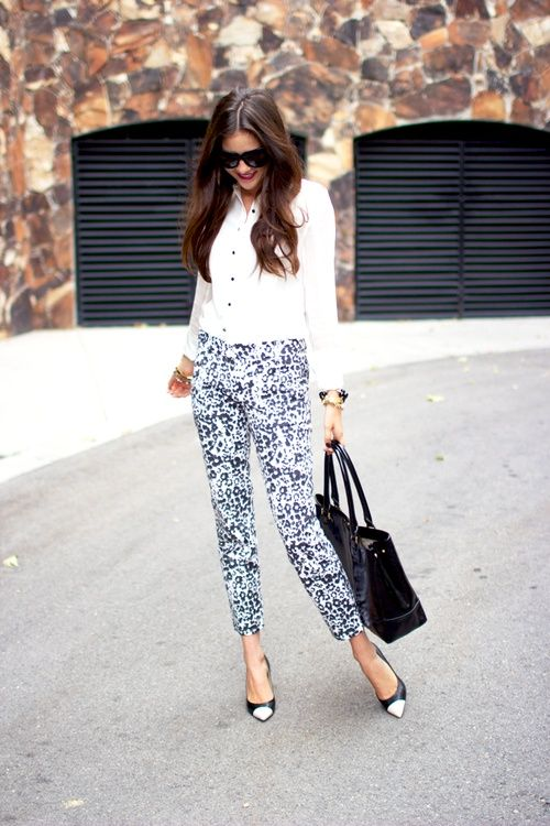 Style Guide: How to wear printed pants? | Fab Fashion Fix