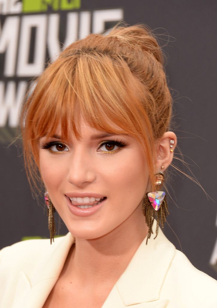 Bella Thorne MTV Movie Awards in LA 2013-003