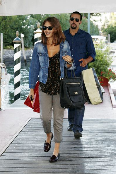 Jessica+Alba+Tote+Bags+Leather+Tote+zpxAUSIOonJl