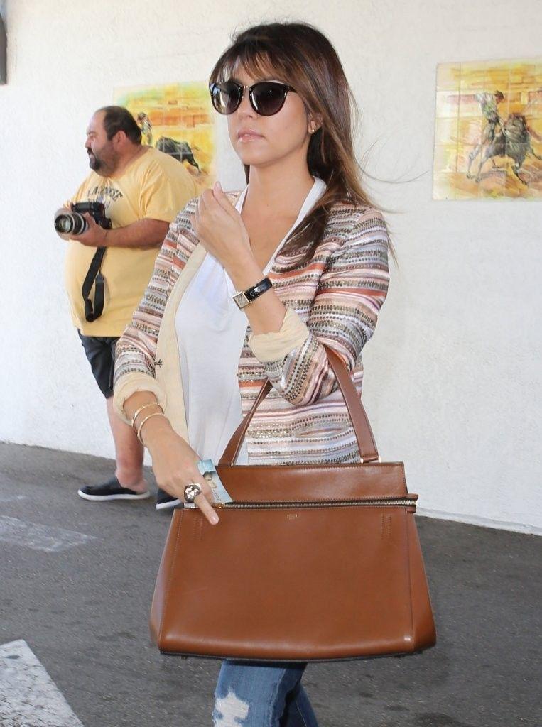 Kourtney_Kardashian_Kardashians_Dine_Casa_N4YnulB1ZfRx