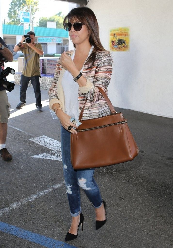 Kourtney_Kardashian_Kardashians_Dine_Casa_vJYCTxVDs_7x