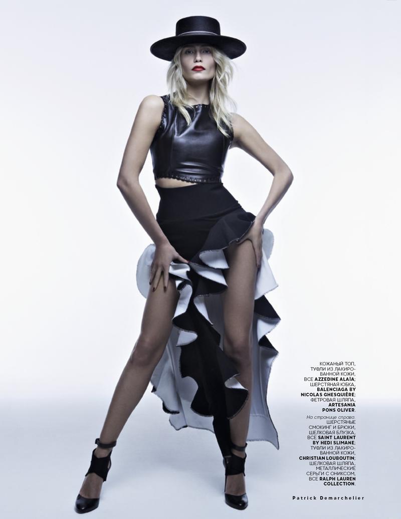 Natasha Poly Vogue Russia May 2013-005